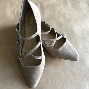 TAUPE FLAT - RESTRICTED SHOES